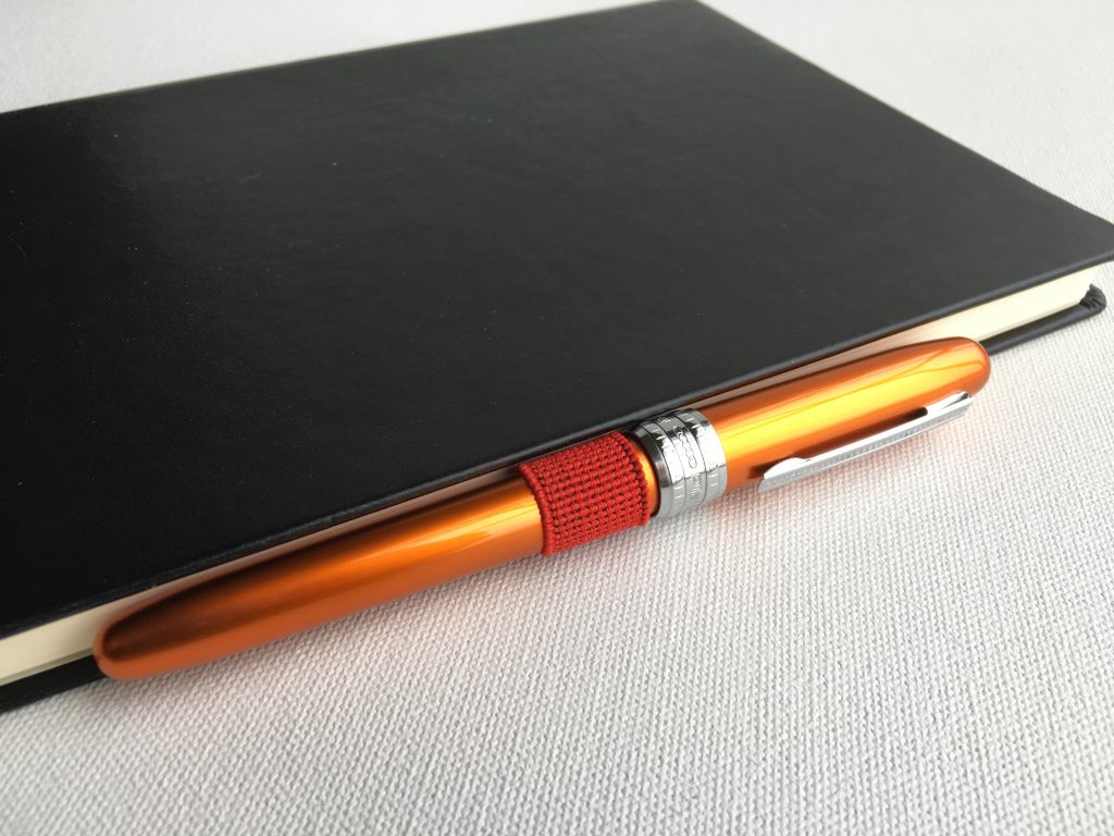 Leuchtturm1917 Pen Loop holding a Platinum Plaisir Fountain Pen